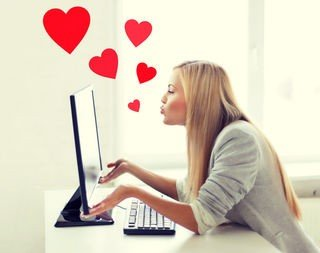 Love Online: 12 Tips to Find Love Online Easily-BigMatrimonial